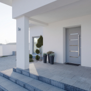 Trendi vhodnih vrat in ročajev v 2021 - Front doors and door handles trends in 2021 - Die Trends für Eingangstüren und Eingangstürgriffe im Jahr 2021 - Griffing